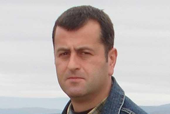 Николай Тихов